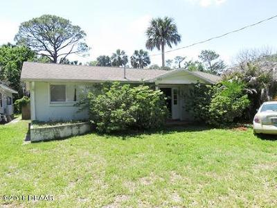 Volusia County Single Family Home For Sale: 5836 Riverside Drive