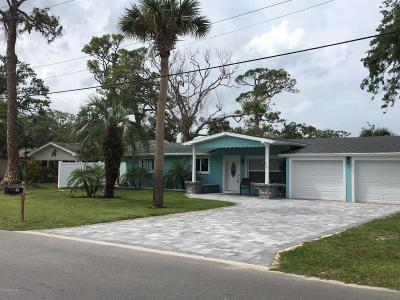New Smyrna Beach Single Family Home For Sale: 210 Ocean Avenue