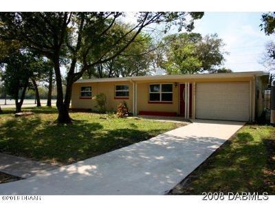 South Daytona Single Family Home For Sale: 2292 Nottingham Road