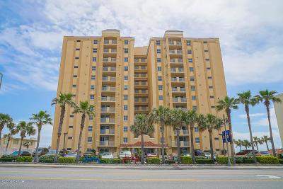 Daytona Beach Condo/Townhouse For Sale: 3145 S Atlantic Avenue #304