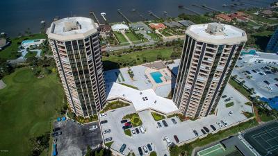 Daytona Beach Shores Condo/Townhouse For Sale: 1 Oceans West Boulevard #19A5