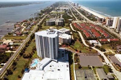 Daytona Beach Shores Condo/Townhouse For Sale: 2 Oceans West Boulevard #1707