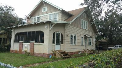 Single Family Home Sold: 200 North Street