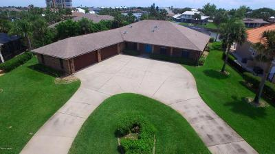 New Smyrna Beach Single Family Home For Sale: 419 Quay Assisi