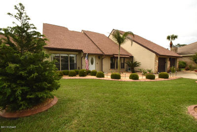 Daytona Beach Single Family Home For Sale: 157 Mallard Lane