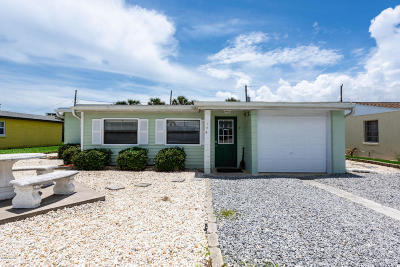 Ormond Beach Single Family Home For Sale: 106 Laurie Drive