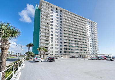 Daytona Beach FL Condo/Townhouse For Sale: $157,700