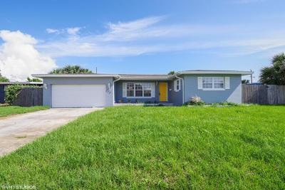 Volusia County Single Family Home For Sale: 109 Ivanhoe Drive