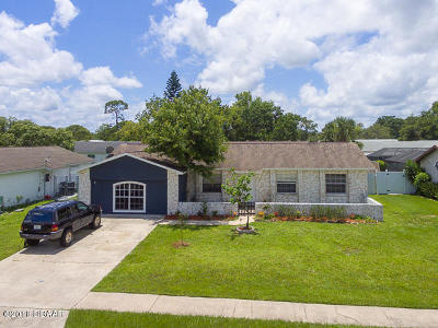 Port Orange Single Family Home For Sale: 184 Gibson Way
