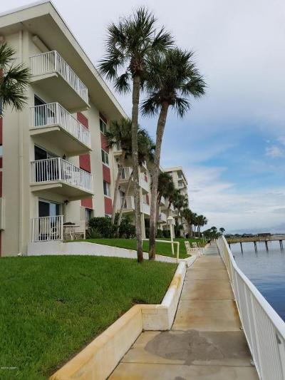 Daytona Beach Condo/Townhouse For Sale: 2711 N Halifax Avenue #367