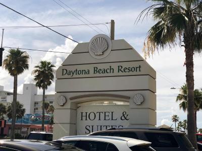 Daytona Beach Condo/Townhouse For Sale: 2700 N Atlantic Avenue #1001