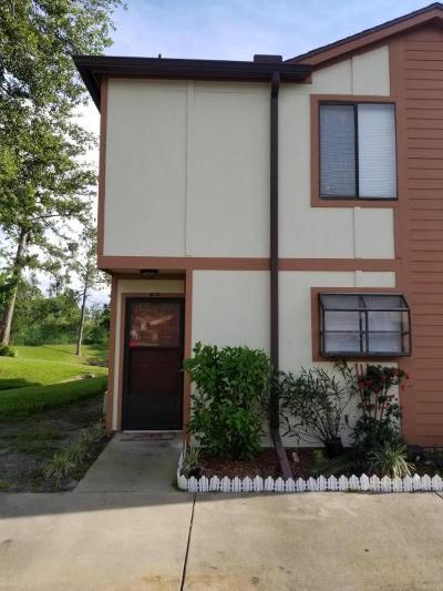 Daytona Beach Condo/Townhouse For Sale: 135 White Fawn Drive #1350