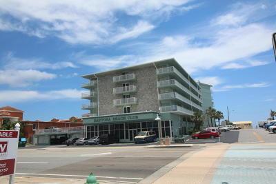 Daytona Beach Condo/Townhouse For Sale: 800 N Atlantic Avenue #512