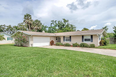 Ormond Beach, Ormond-by-the-sea Single Family Home For Sale: 39 Colonial Circle