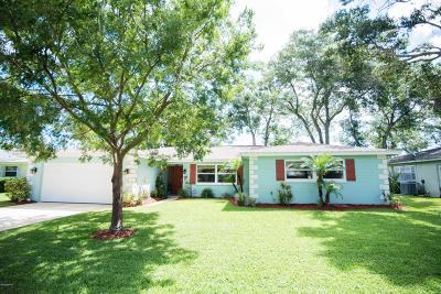 Ormond Beach Single Family Home For Sale: 723 Knollview Boulevard