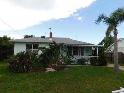 Daytona Beach Single Family Home For Sale: 125 Rosalyn Avenue