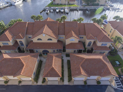 Palm Coast Condo/Townhouse For Sale: 55 Rivers Edge Lane