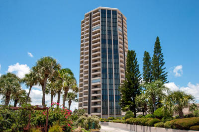 Daytona Beach Shores Condo/Townhouse For Sale: 1 Oceans West Boulevard #12B5
