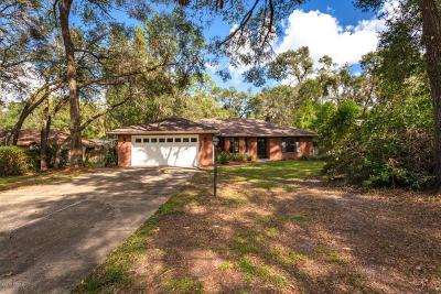 Orange City  Single Family Home For Sale: 560 Marilea Court