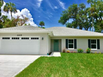 New Smyrna Beach Single Family Home For Sale: 2205 Juanita Drive