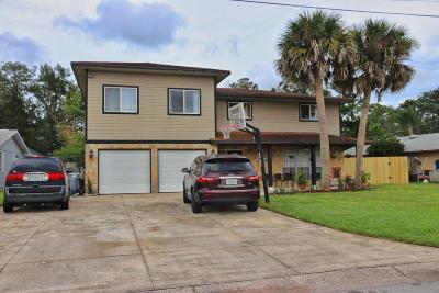 New Smyrna Beach Single Family Home For Sale: 124 Aqua Court