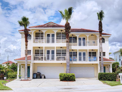 New Smyrna Beach Condo/Townhouse For Sale: 608 S Atlantic Avenue #2