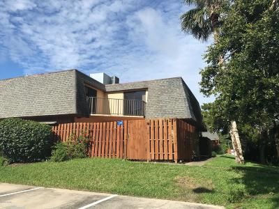 Volusia County Attached For Sale: 129 Cedar Dunes Drive