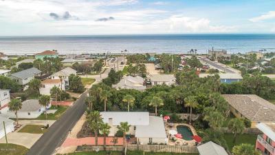 Flagler Beach Single Family Home For Sale: 211 N 5th Street