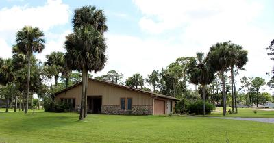 Pelican Bay Single Family Home For Sale: 448 Pelican Bay Drive