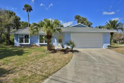 New Smyrna Beach Single Family Home For Sale: 7 Hillside Drive
