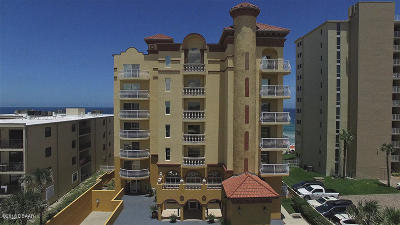 Daytona Beach Condo/Townhouse For Sale: 3811 S Atlantic Avenue #702