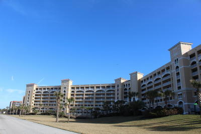 Palm Coast Condo/Townhouse For Sale: 80 Surfview Drive #208