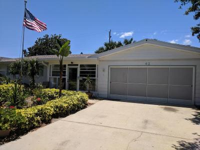 Ormond Beach Single Family Home For Sale: 42 Silk Oaks Drive
