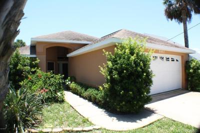New Smyrna Beach Single Family Home For Sale: 807 Carol Avenue