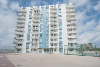 Daytona Beach Condo/Townhouse For Sale: 935 N Halifax Avenue #904