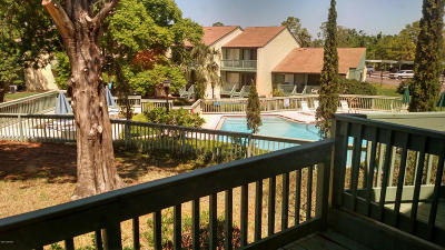 New Smyrna Beach Condo/Townhouse For Sale: 189 Club House Boulevard