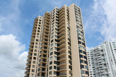 Daytona Beach Condo/Townhouse For Sale: 3051 S Atlantic Avenue #1905