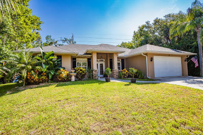 Ormond Beach Single Family Home For Sale: 1 Manderley Lane
