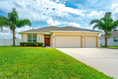 Port Orange Single Family Home For Sale: 5305 Plantation Home Way