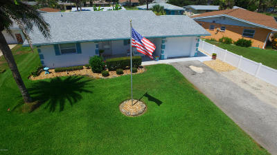 Daytona Beach Single Family Home For Sale: 3054 Brookfair Crescent