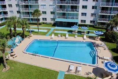Daytona Beach Condo/Townhouse For Sale: 2727 N Atlantic Avenue #5040