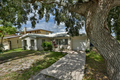 Ormond Beach Single Family Home For Sale: 1772 John Anderson Drive