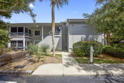 New Smyrna Beach Condo/Townhouse For Sale: 4301 Sea Mist Drive #120