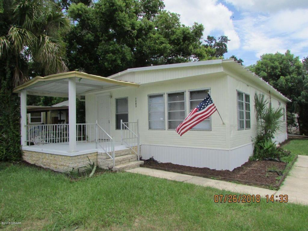 2 bed / 1 full, 1 partial baths Home in Port Orange for $78,900