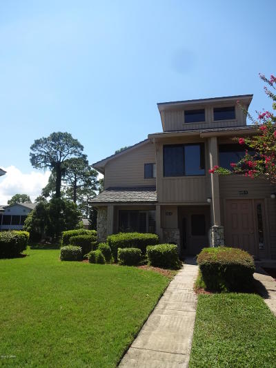 Pelican Bay Condo/Townhouse For Sale: 105 Wood Duck Circle #A