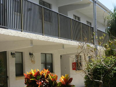 Daytona Beach Condo/Townhouse For Sale: 1500 Virginia Avenue #203C