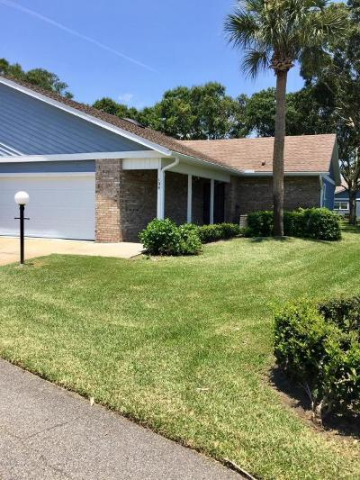 Daytona Beach Condo/Townhouse For Sale: 108 Duck Hawk Circle