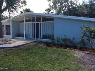 Port Orange Single Family Home For Sale: 304 Fox Place