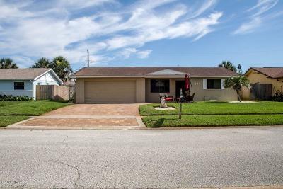 Ormond Beach Single Family Home For Sale: 133 Beau Rivage Drive