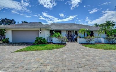 New Smyrna Beach Single Family Home For Sale: 241 Quay Assisi